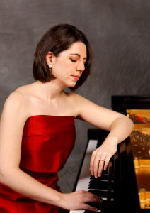 Acclaimed pianist, Heidi Louise Williams, known for her dazzling and moving performances, will give a recital at John Brown University on Sunday, May 3.